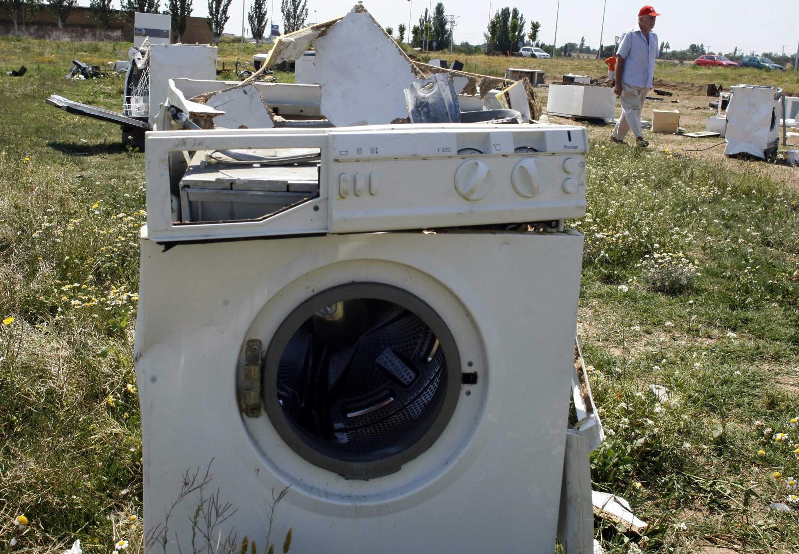 mesin cuci rusak