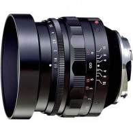 Voigtlander 50mm f / 1.1 Nokton