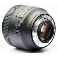 Nikon AF-S Nikkor 85mm f / 1.8G
