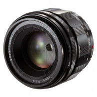 Voigtlander 40mm f / 1.2 ASPH